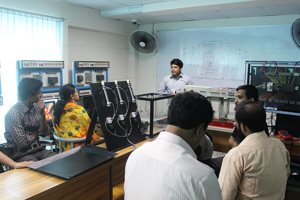 Teacher 's Training