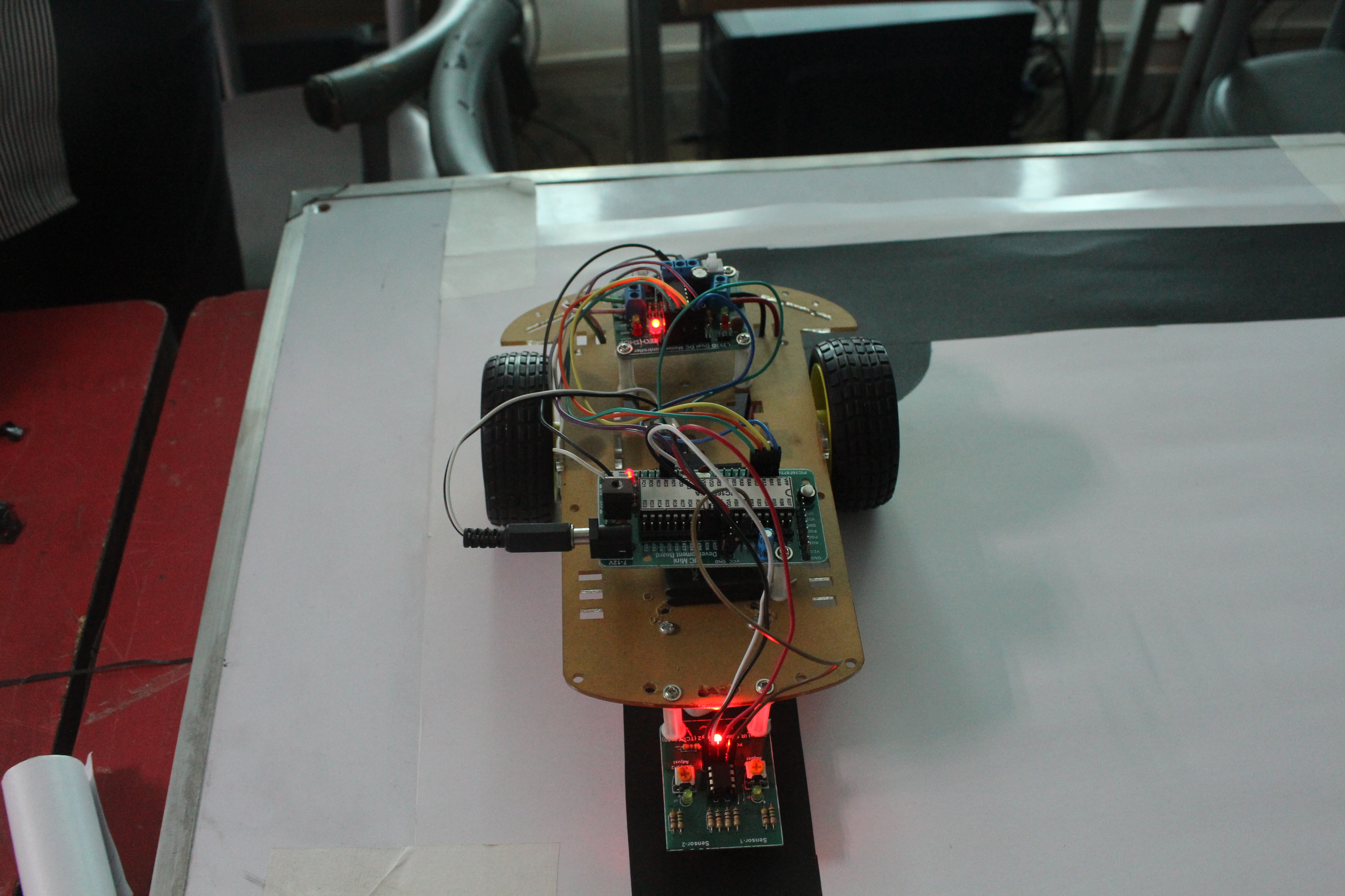Android Robot Control line Follower Car